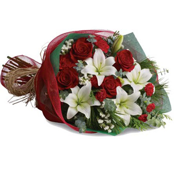 Traditional Christmas Bouquet flowers delivery - Flowers Auckland