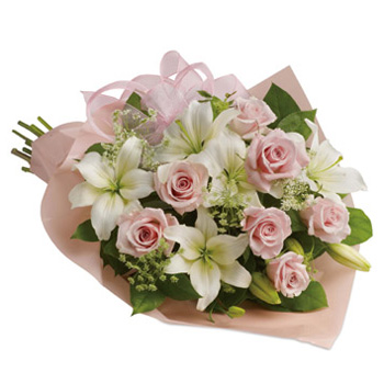 Soft beautiful Bouquet for Mum this Mother's Day May 13 flowers delivery - Flowers Auckland