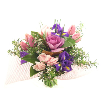Soft and Pink flowers delivery - Flowers Auckland